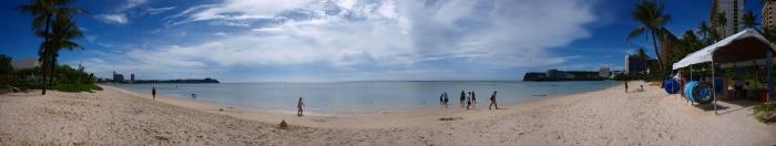 タモンビーチ 砂浜から撮影