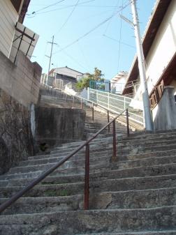 両城の200階段