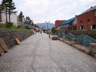 小樽運河横の散策路