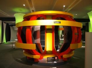 ポロイダル磁場コイル