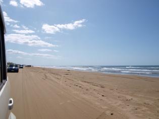 砂浜ドライブ