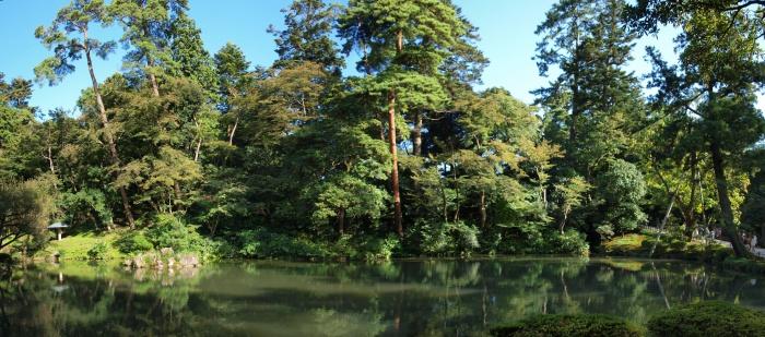 園内中心部の大きな池